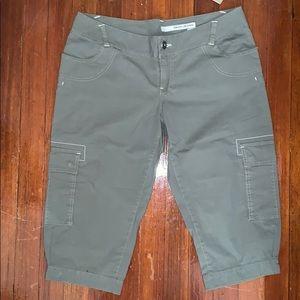 DKNY Jeans Juniors Roller Girl Capri Pants Sz: 13